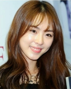lee_yeon_hee_bangs